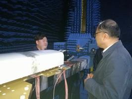 市人大常委会副主任吴峰枫走访江苏亨鑫科技有限公司